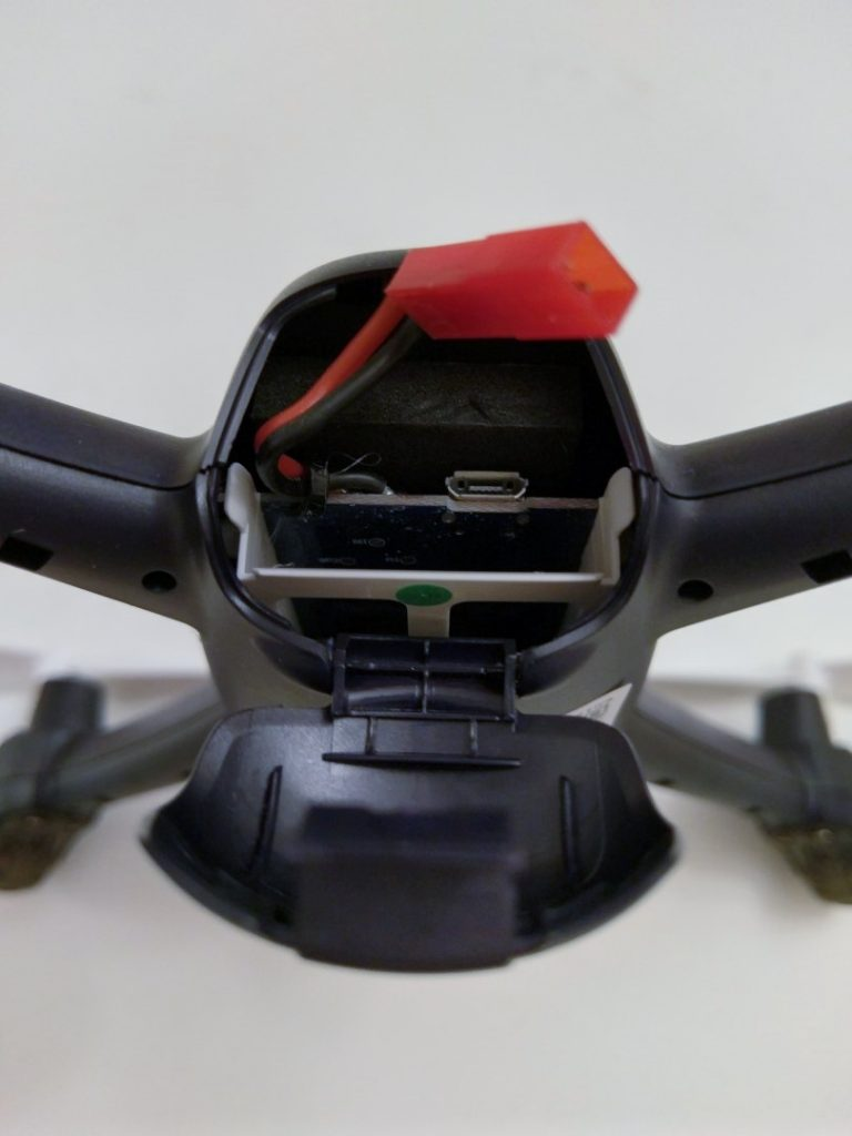 Hubsan H216A X4 Desire Pro Review Battery Installation